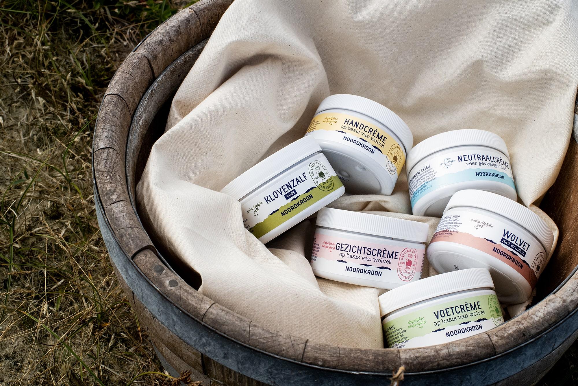 Packaging design van labels van de potten een productlijn van een duurzame retailmerk